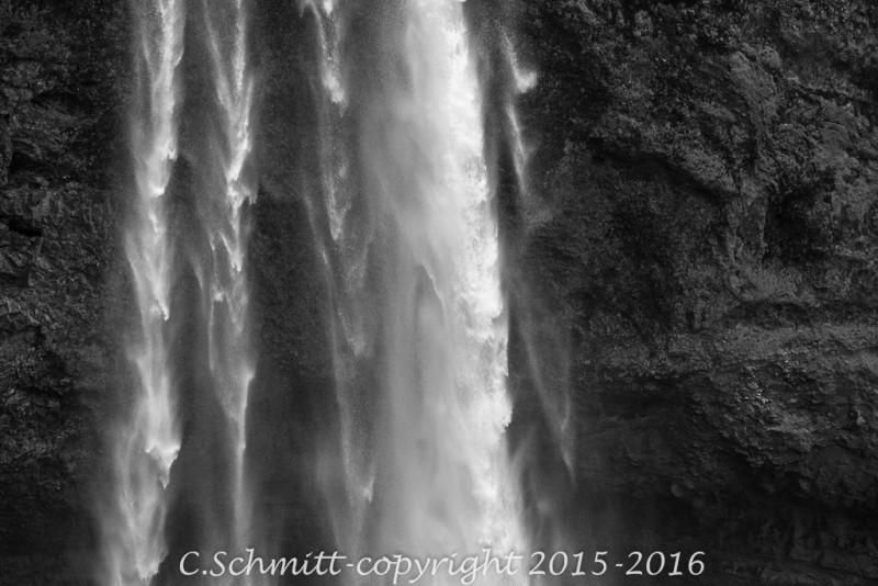 Détail de la cascade de Seljalandfoss au sud Islande photo noir et blanc