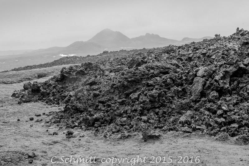 Au Lehrinjukur près du Krafla, le front d'une coulée centre Islande photo noir et blanc